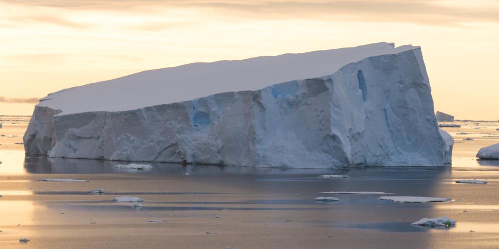 neumayer-channel-sunset-4-12x6.jpg