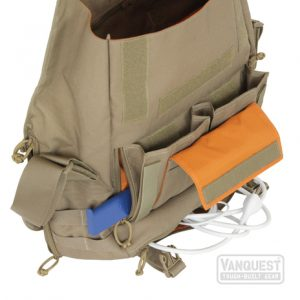 SKITCH-12 has a bottom compartment and the top expands to enlarge bag capacity.