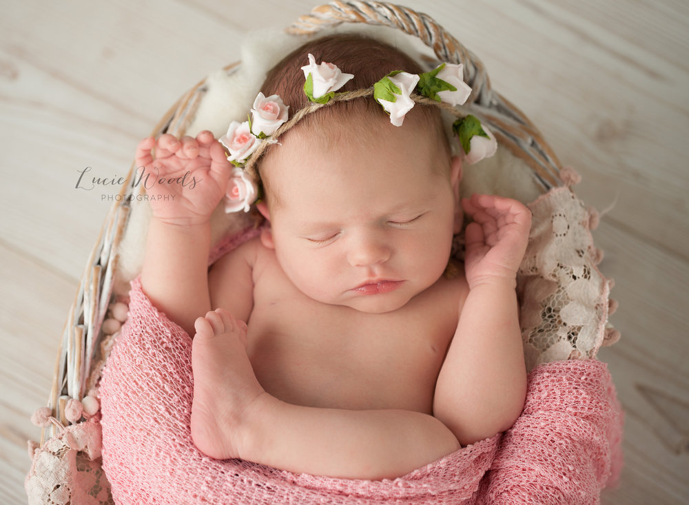 Newborn photographer baby photo manchester lancashire ramsbottom lucie woods photography