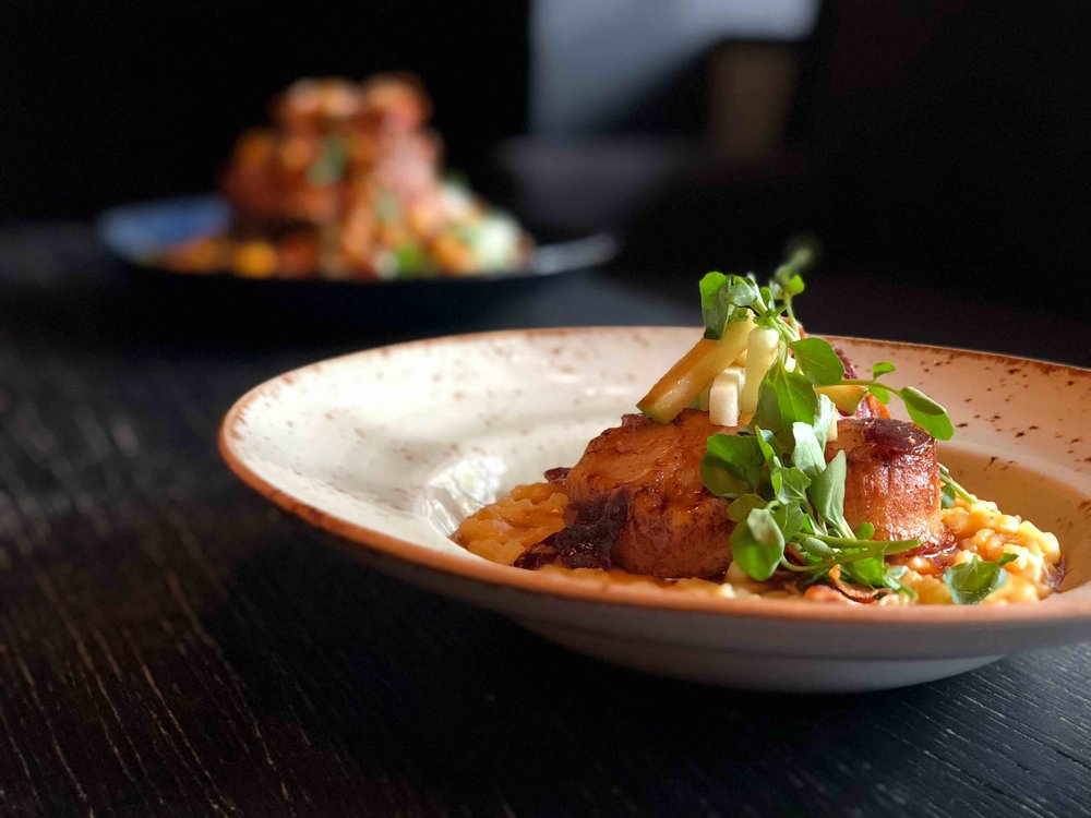 Scallop-and-Lamb-in-back.jpg