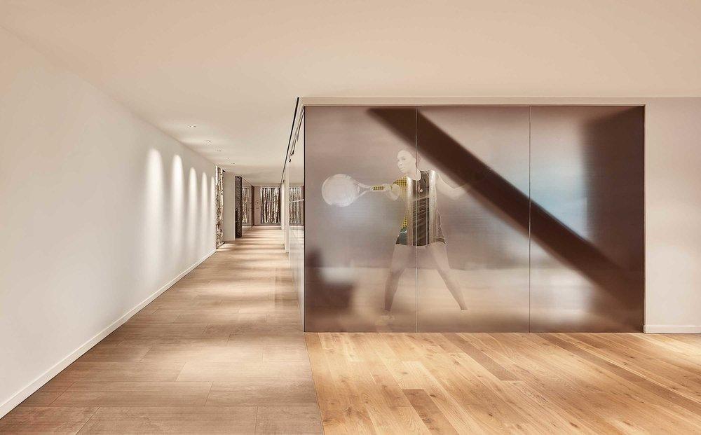 VStarr-Interiors-Midtown-Tennis-Lounge_04.jpg