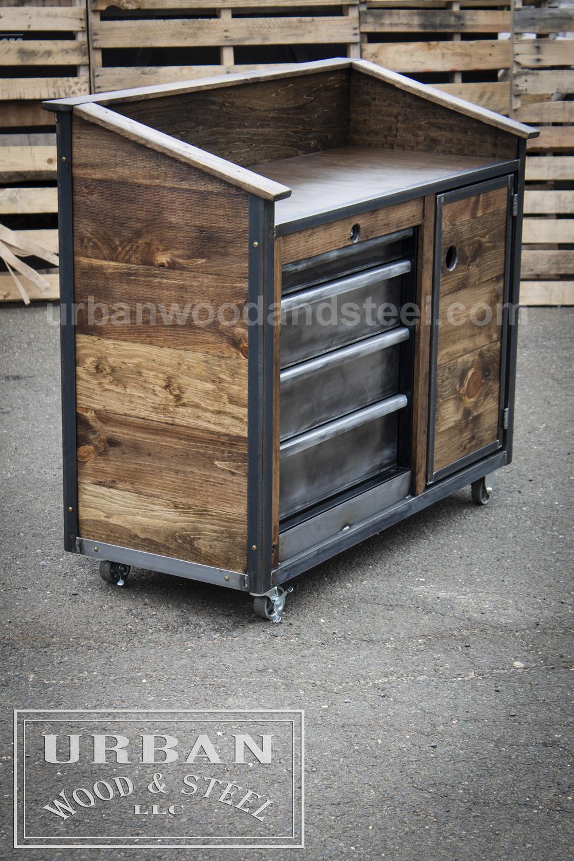 Gentil Iron Horse Server U0026 Sales Station