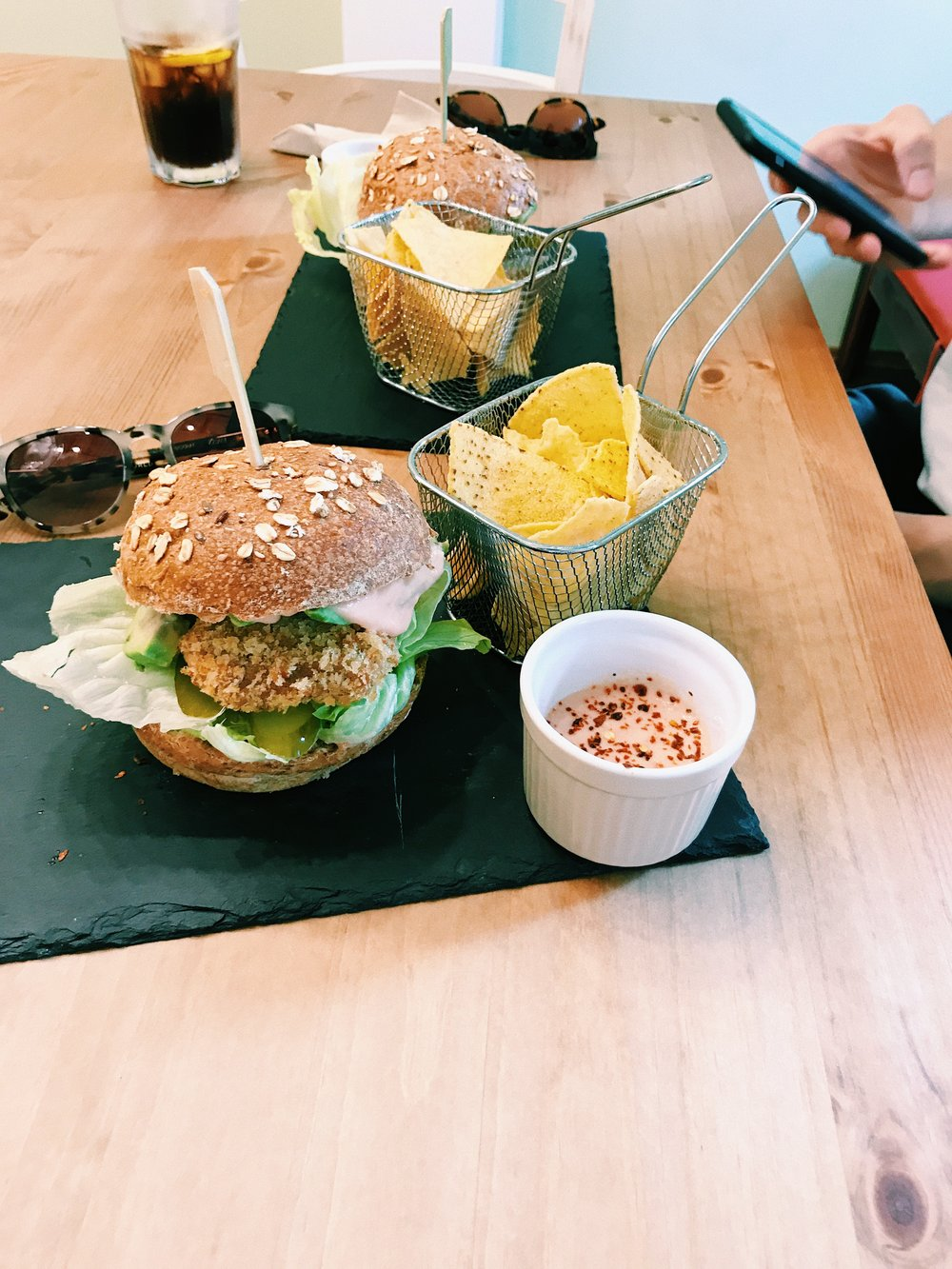 vegan_burger_malta