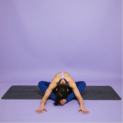 chillout-yoga-hmfyoga-hips.jpg