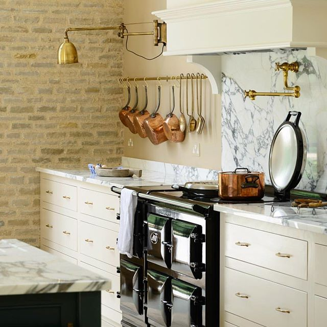 Ughh my most favorite account right now @devolkitchens . I get so much inspiration out of this style. Gosh, I'd move to the UK in a heartbeat. I'm just sayin.