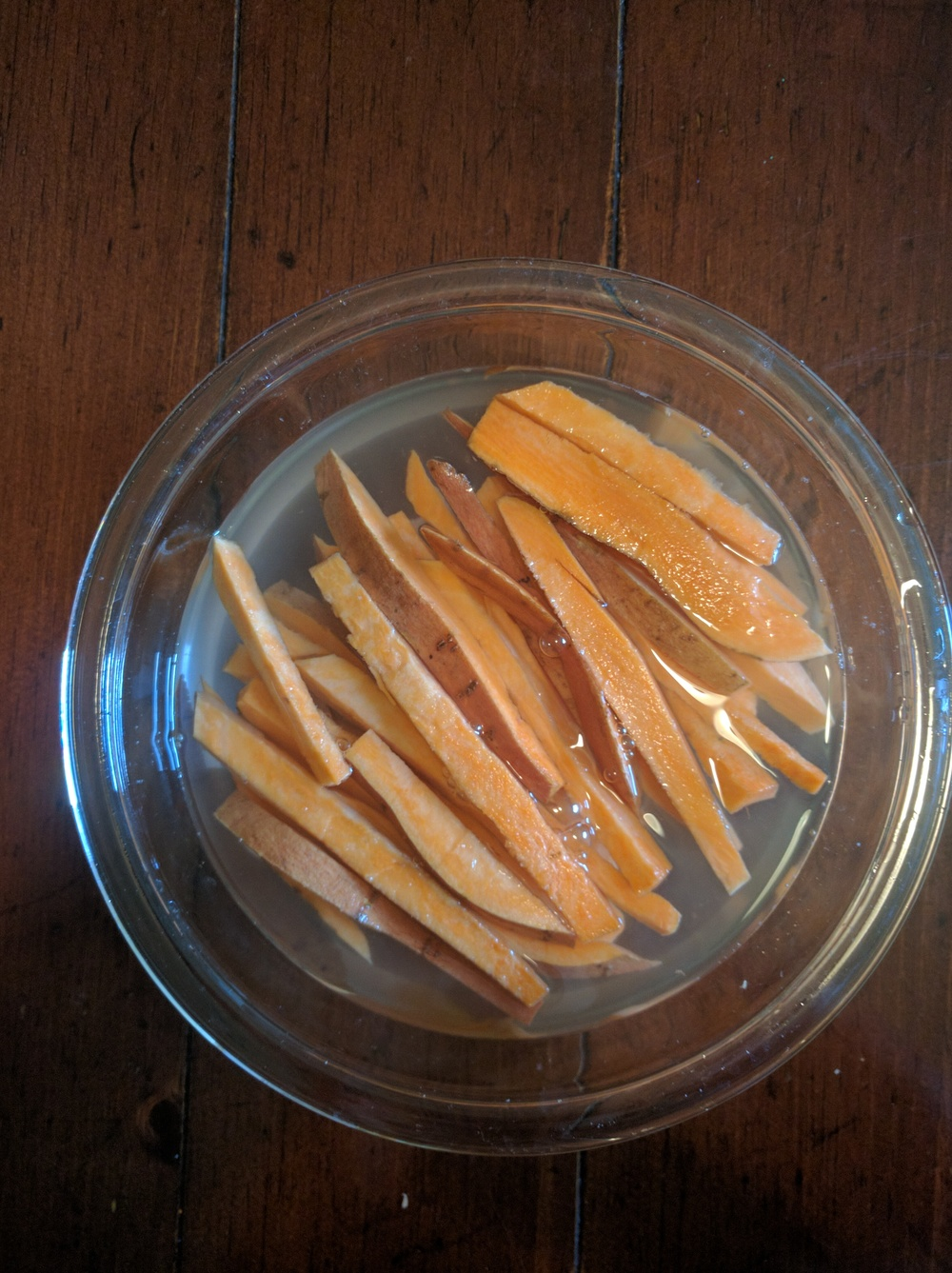 Fries ready for an hour in the fridge