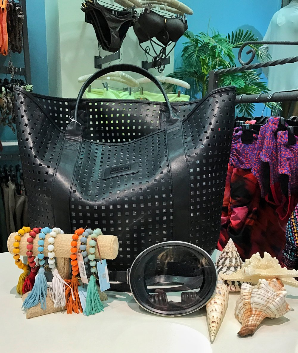 Nani Nalu also carries beachwear accessories like tote bags, hats, and jewelry.