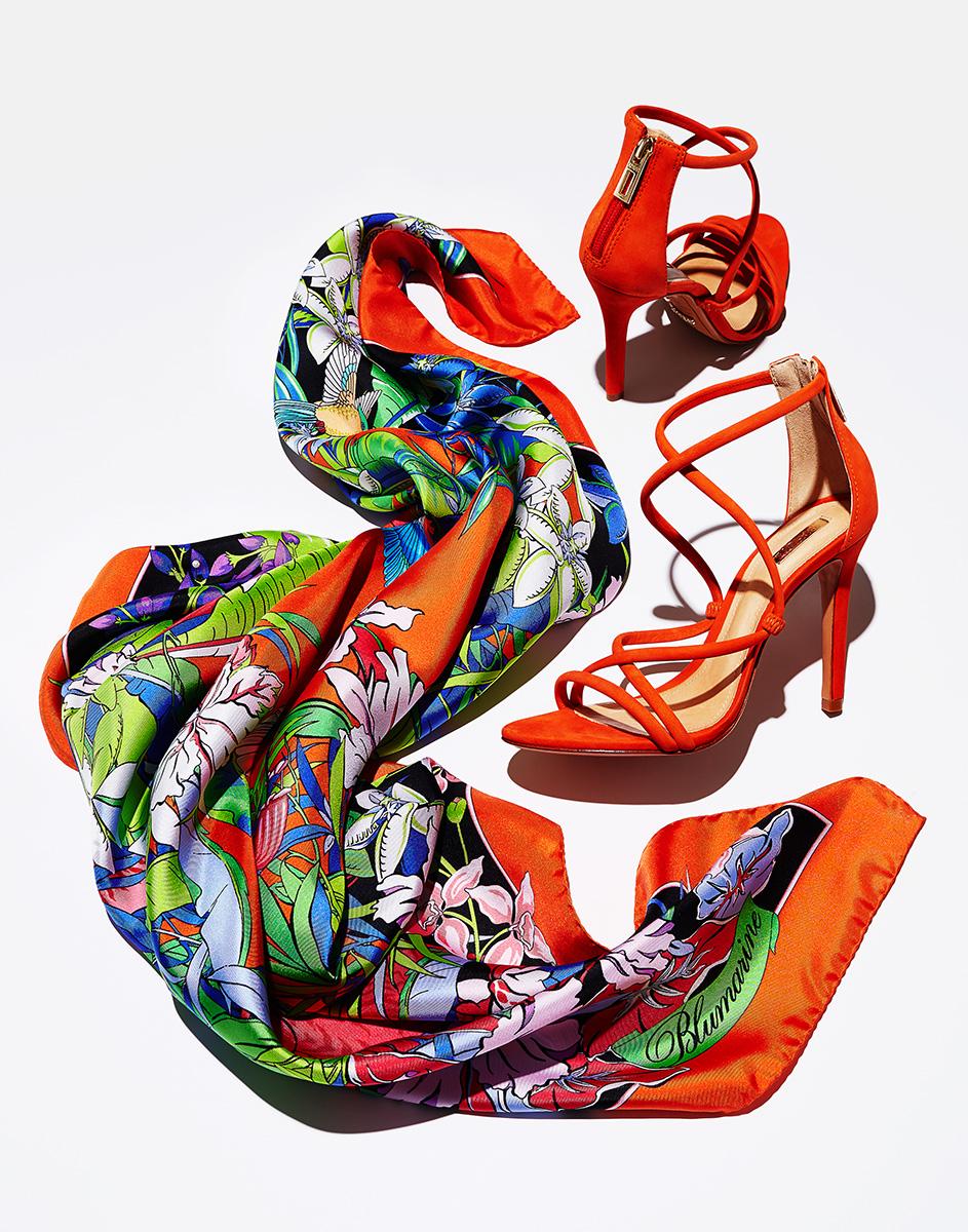 16-005_Scarf_&_Shoes_WMNS_MKTG_WEB.jpg
