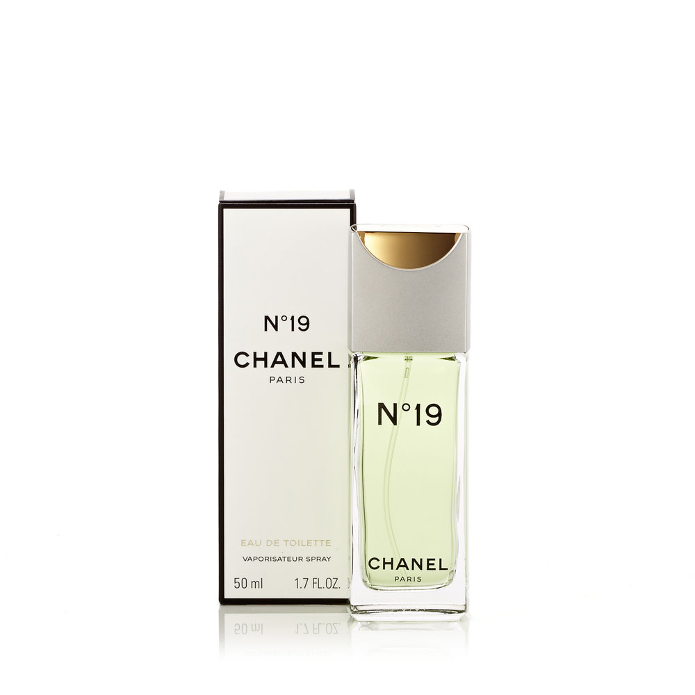 Chanel-Chanel-No.19-Womens-Eau-de-Toilette-Spray-EDT-Spray-1.7-Best-Price-Fragrance-Parfume-FragranceOutlet.com-Details.jpg