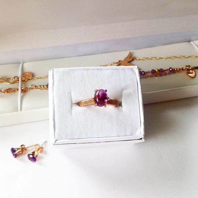 This ring deserves all the heart eyes 😍😍😍😍😍😍😍😍 @laurenangelicajewelry . . . . #delicatejewelry #weddings #bride #loveknot #hawaii #theknot #style #dirtybootsandmessyhair #christianwomen #destinationwedding #hawaiiwedding #makeitblissful #madewithlove #beauty #glamour #luxuryjewelry #gorgeous #weddingjewelry #bride #marriage  #gemstonejewelry #aesthetic #theknotrings #dreamelopements #pursuepretty #womenofinstagram #winterbride #bridetobe #wedding