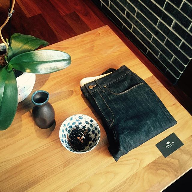 Need new #denim ? Come check out @korrajeans Pop Up Event @yamiichi.nyc 12-6pm this Sunday, 23rd. #rawdenim #selvagedenim #organic #organicdenim #japanese #yamiichinyc #izakaya #brooklyn #parkslope #popupshop #popup #customdenim