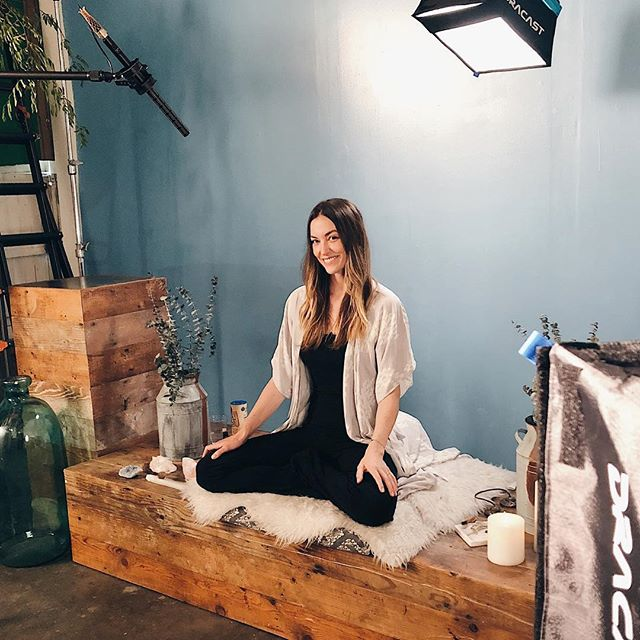 Filming something special for @denmeditation ☄︎ #BTS - - Sidenote, I've been lucky enough to teach at @denmeditation since the opening several years ago and I just love @talrabinowitz and the whole Den family so much. If you haven't come to a class there yet, don't miss, such an amazing crew of diverse teachers (obviously come take crystal class with me) and every time you walk in the door you feel like you're at home. It radiates  love. Feeling very grateful to have found this crew. ✺♡♡✺
