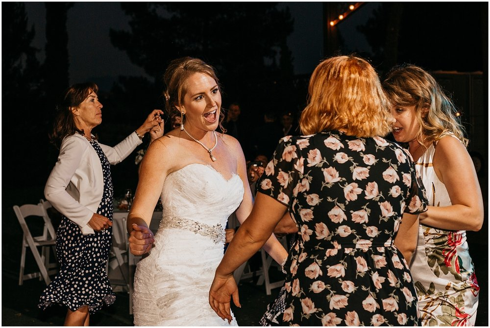 Falkner Winery Wedding (66).jpg