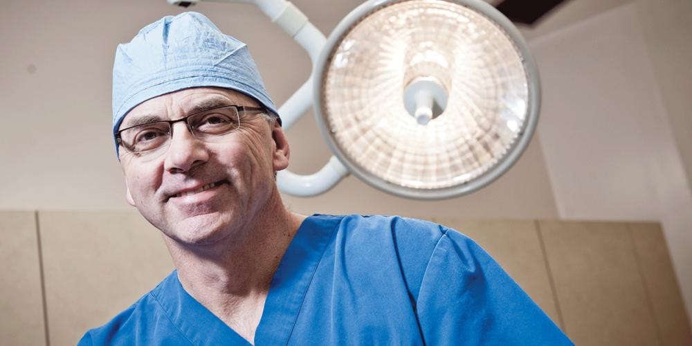 surgeon-1.png