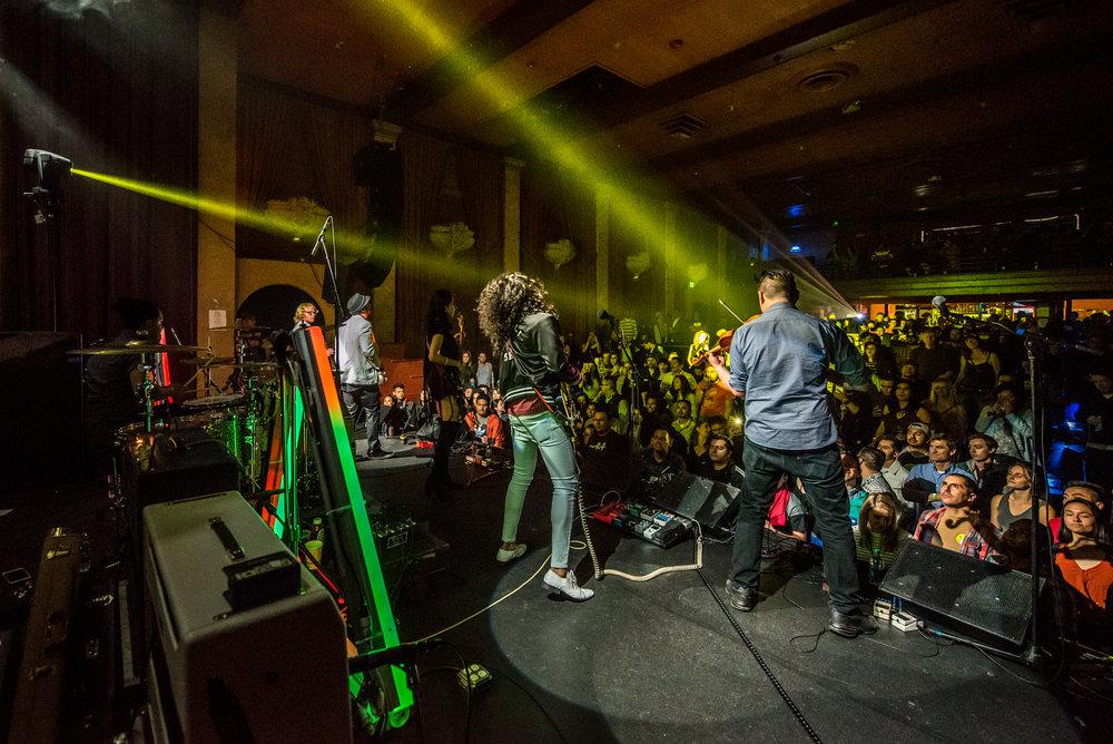 iZCALLi_Rock de Mayo-2.jpg
