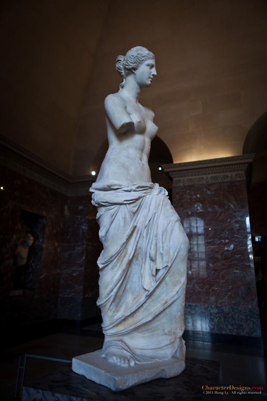 louvre sculptures 150.jpg