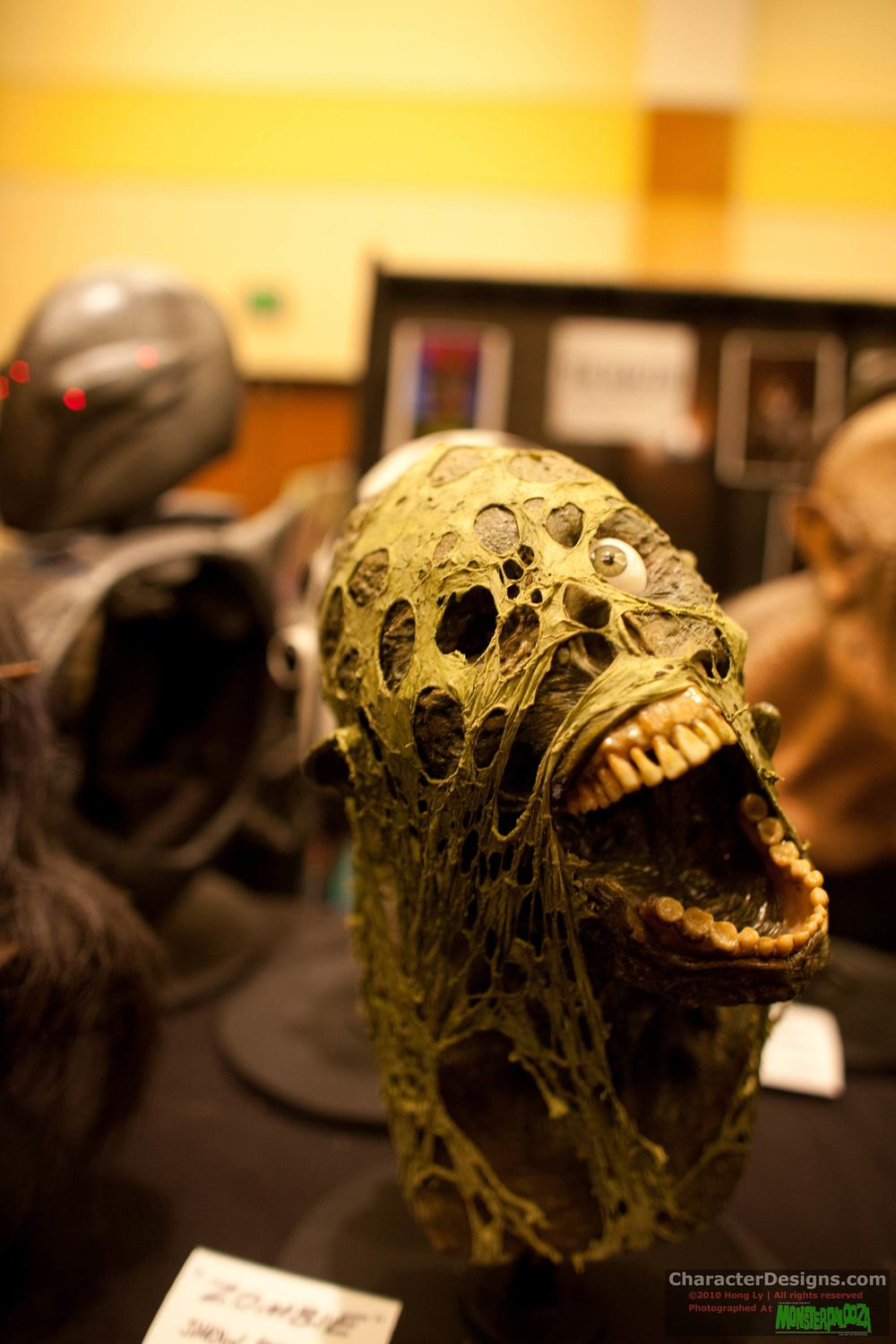 2010_Monsterpalooza_104.jpg