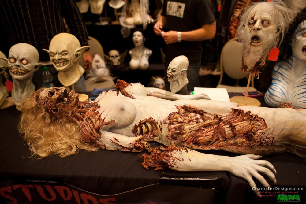 2010_Monsterpalooza_205.jpg