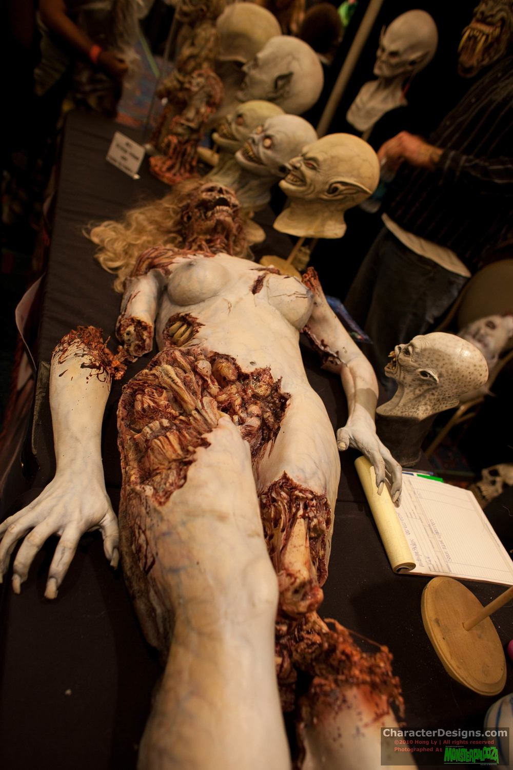 2010_Monsterpalooza_211.jpg