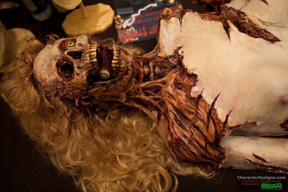 2010_Monsterpalooza_214.jpg