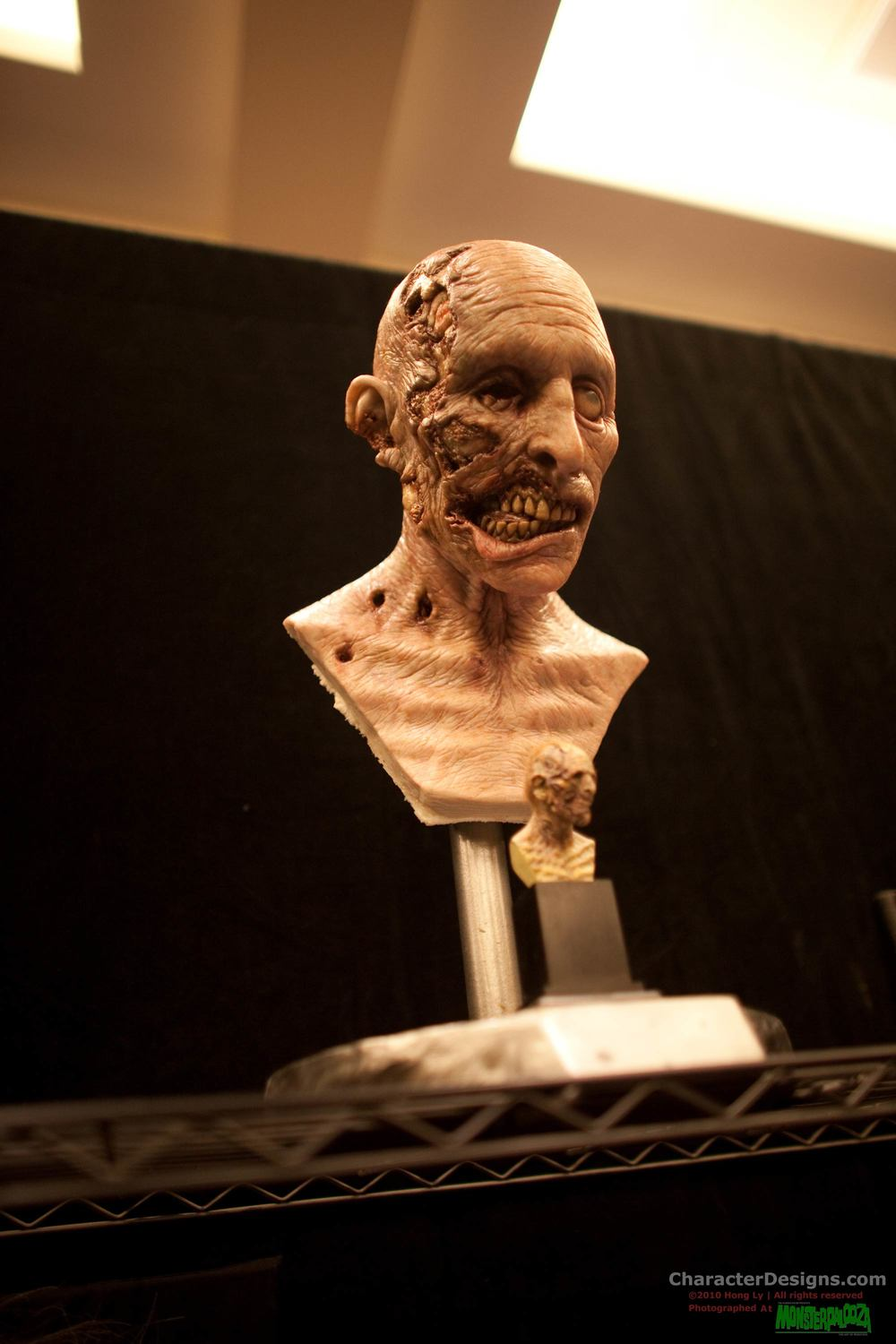 2010_Monsterpalooza_549.jpg