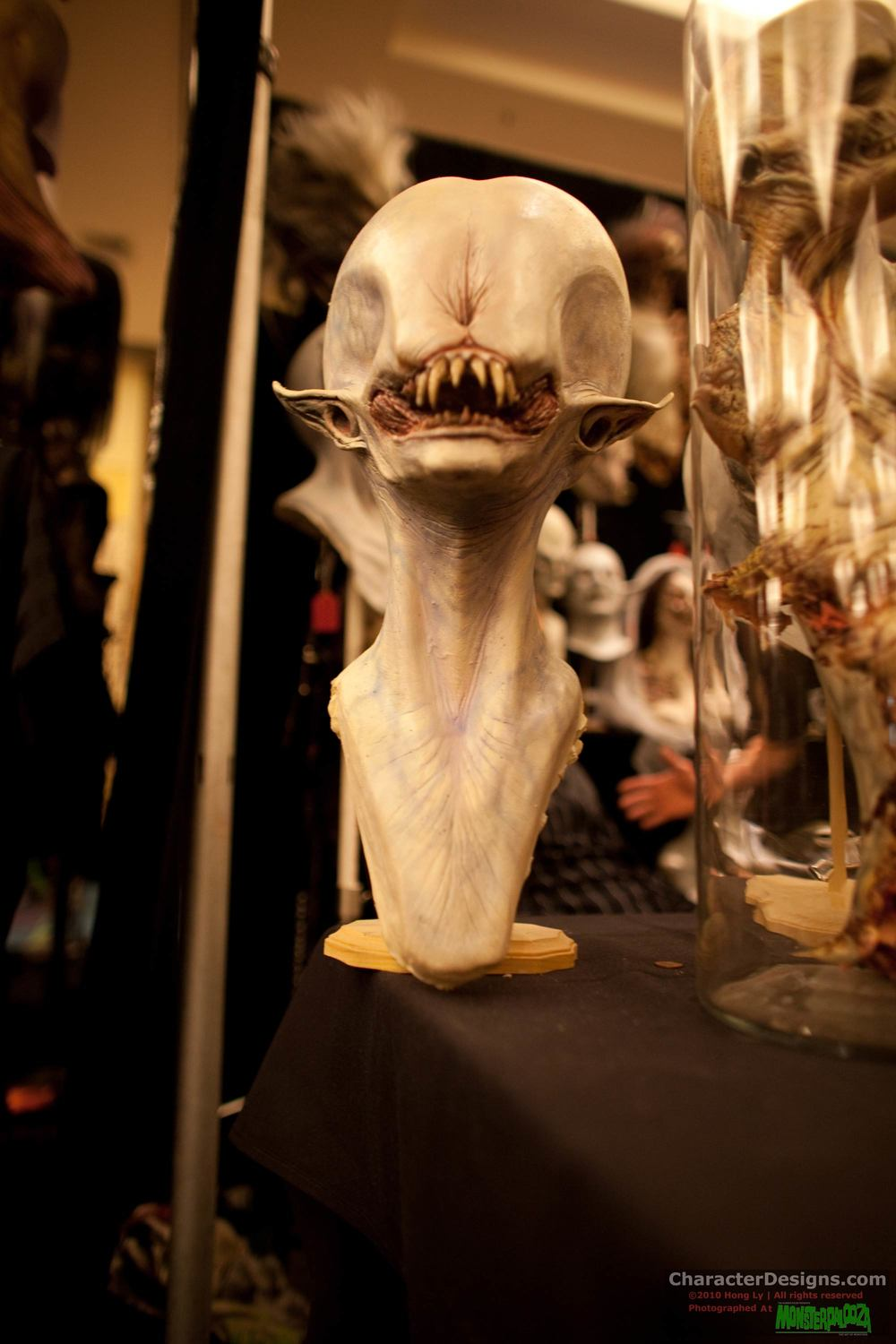 2010_Monsterpalooza_606.jpg