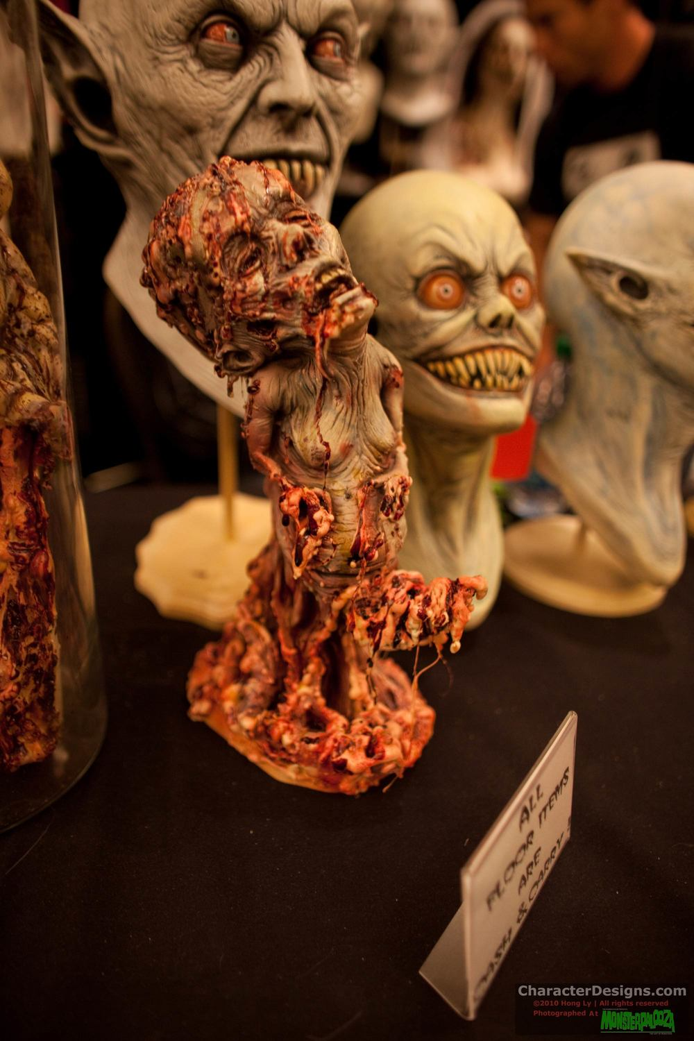 2010_Monsterpalooza_608.jpg