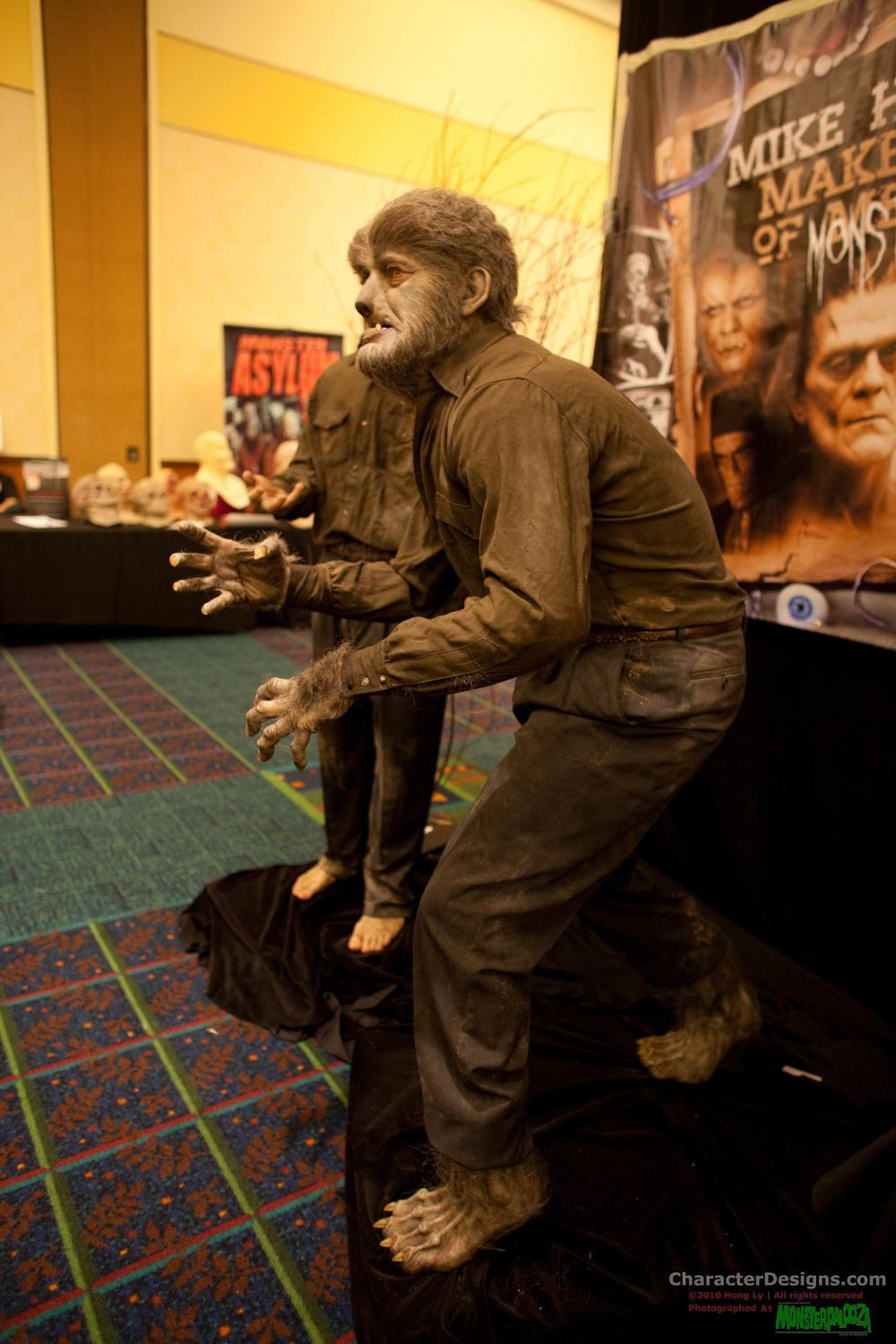 2010_Monsterpalooza_671.jpg