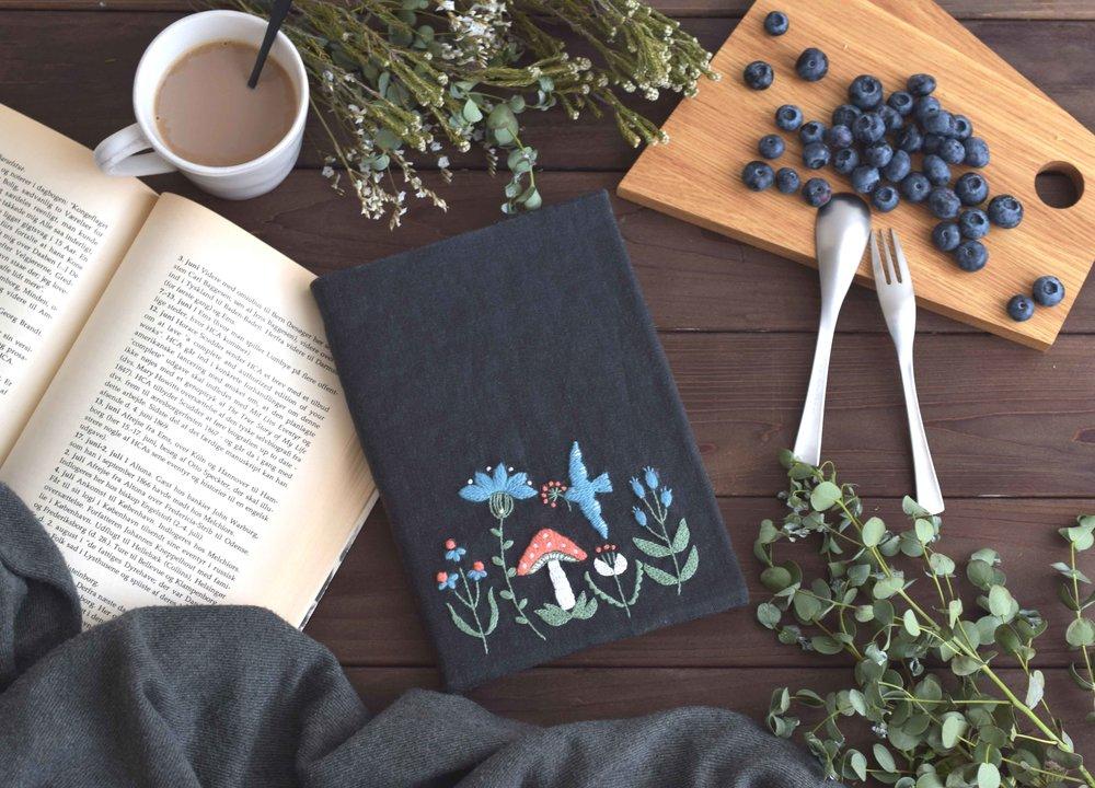 ウール刺繍(ブック1149).jpg