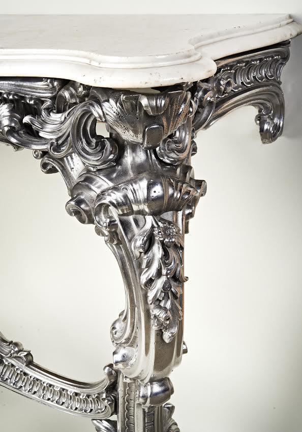 Iron Consle Table detail.jpg