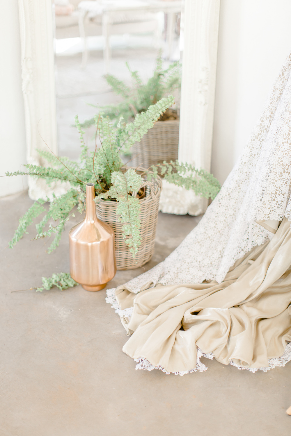 Nathan Zia Lace on Timber wedding005.jpg