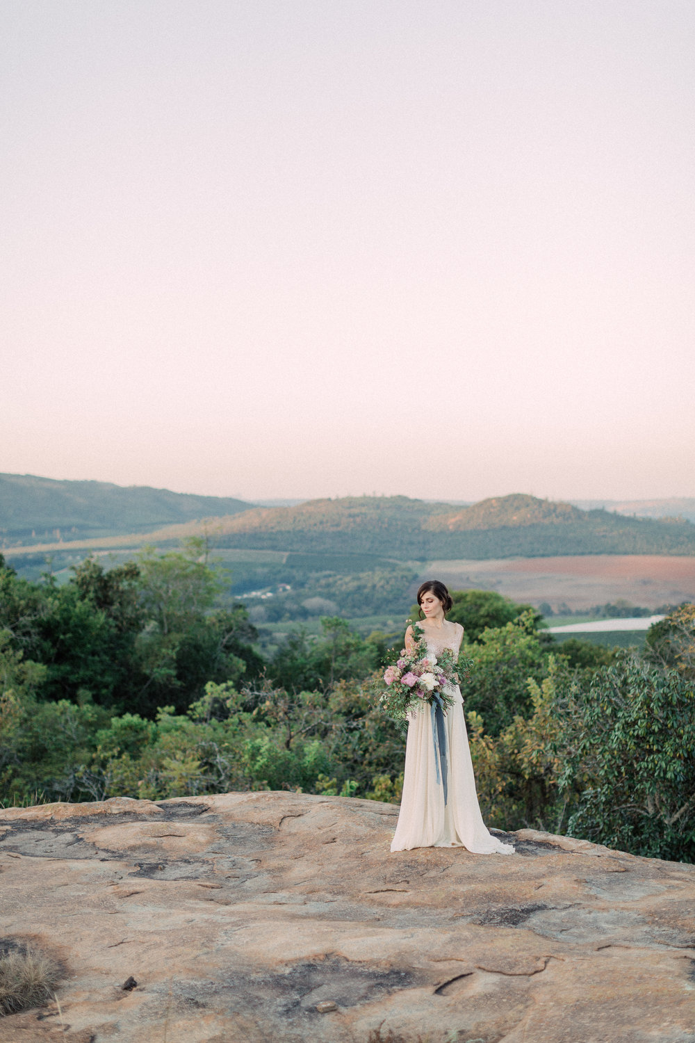 PRETTY PASTELS - Styled shoot