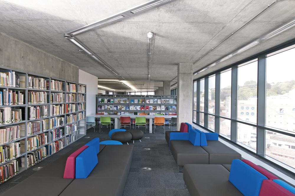 library seating.jpg