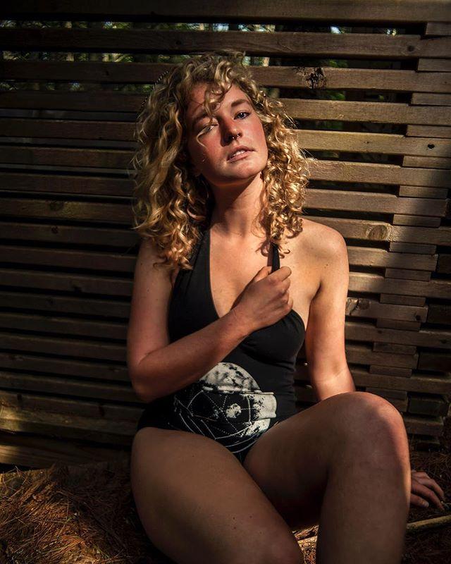 As the light fades the revelry begins... ▫️▫️▫️▫️▫️▫️▫️▫️ In Frame: @thethrivinggarden 📸Keith-Alan DeFranca  www.EarthWorkStudios.com #earthworkstudios . . . . . #earthworkportraits  #portrait_mf #theportraitpr0ject #foto_dome  #inspireangelo #777luckyfish #VisualCaptures #PortraitFeed #Ports_Flair #lensofourlives #bravoportraits #portraitstream #wwportraits  #featureandlight #findmeinthelight #people.gallery #quietthechaos #collectivetrend #portraitpage #Gramkilla #PortraitKillers #creatorsofportraits  #moodyports #globe_portraits #alltheoceanblues