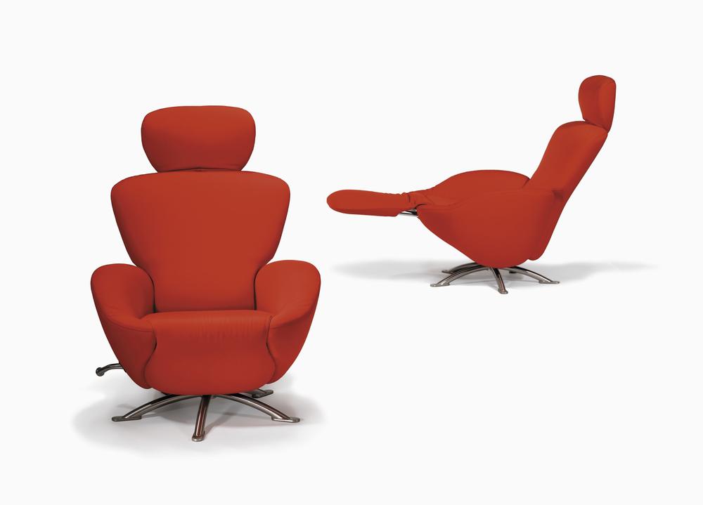 redloungechairs.jpg