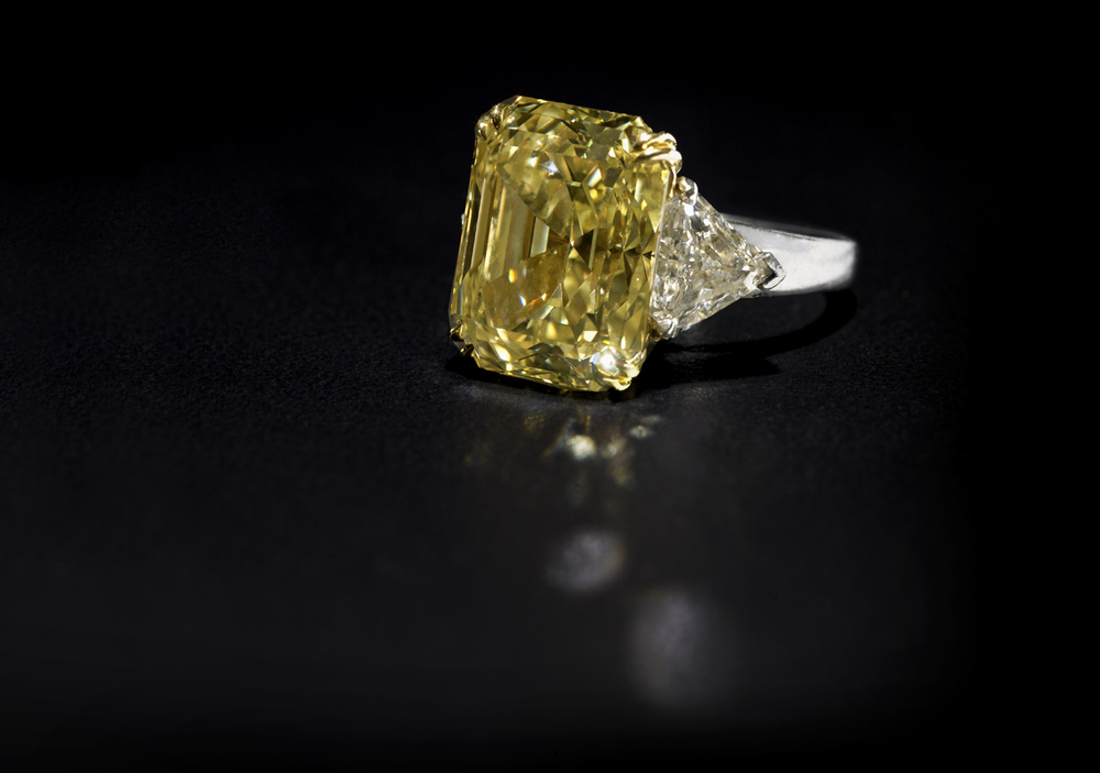 yellowdiamondforgallerycrop.jpg