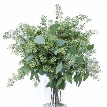 f3b6c3e06f4d1b8bd85b5614a0e80b79--green-wedding-centerpieces-greenery-centerpiece.jpg