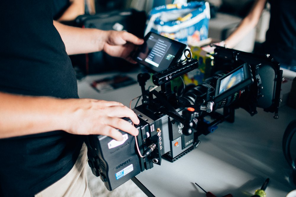 """Camera rig - Scarlet-W Brain, Offhollywood POE OMOD, 5"""" Red Touch, SmallHD 702, Canon CN-E Zoom, Genus Elite Matte Box. The Smallrig top handle has an eye bolt for the Kong Frog on my Easyrig."""