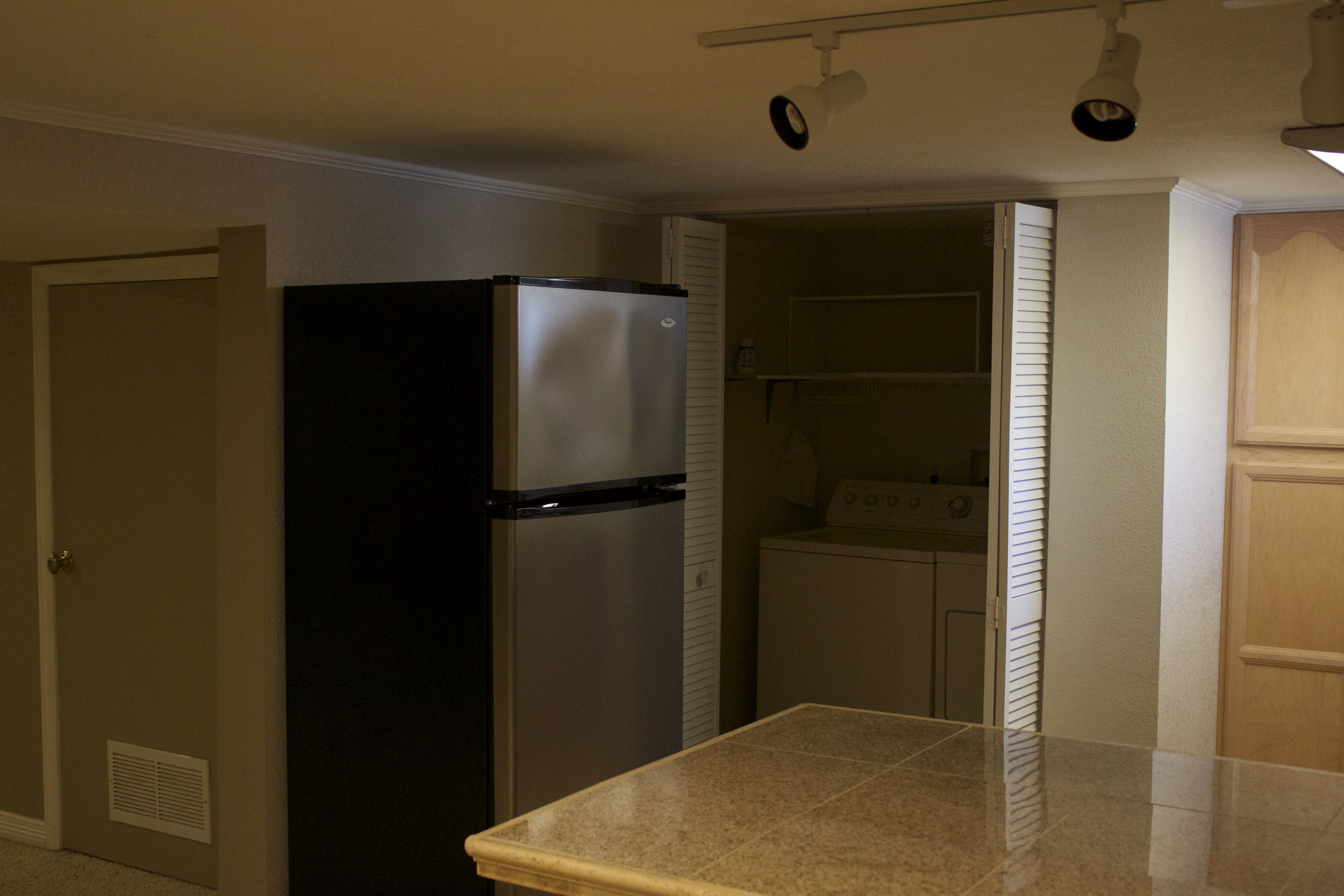 Basement Kitchen & Laundry