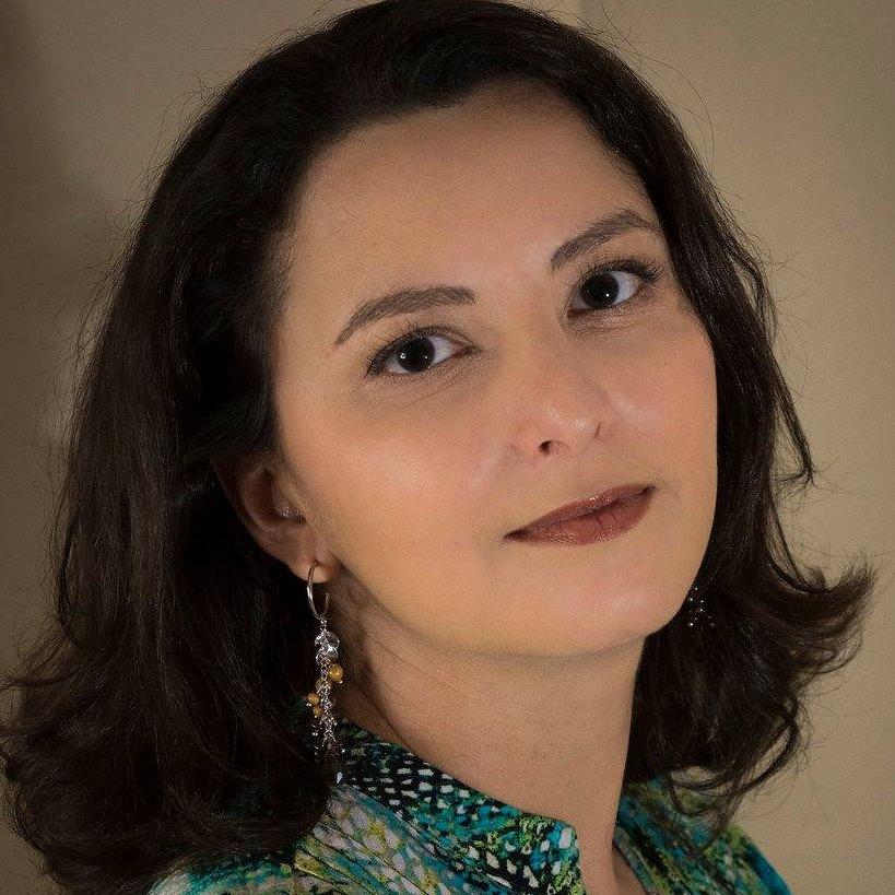 Vania Oliveira (Coletivo Mola)