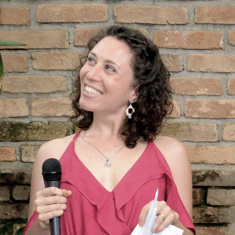 Cláudia Sciré
