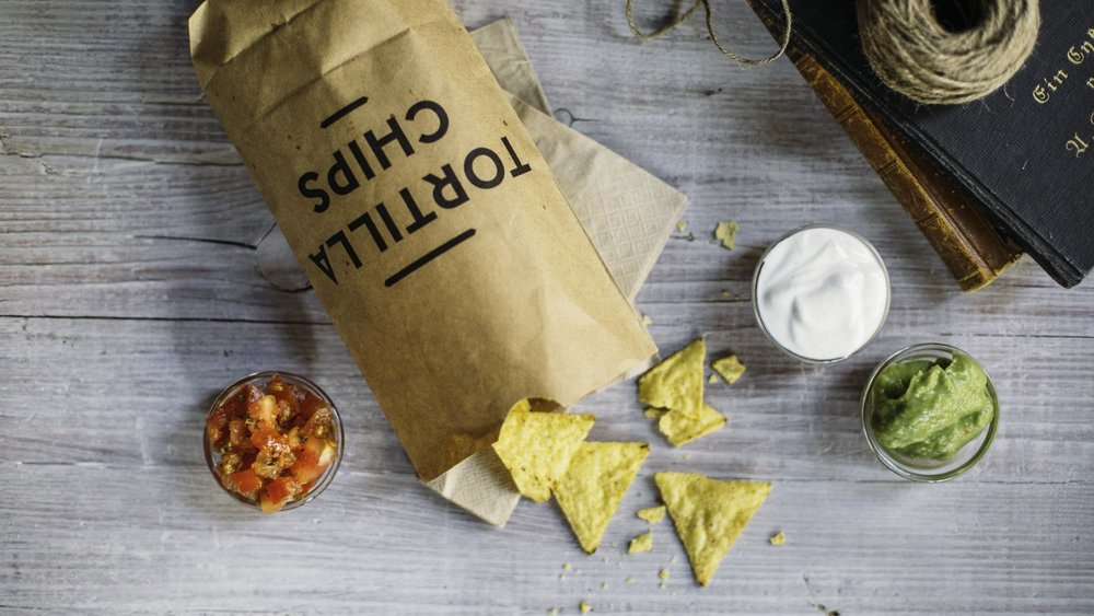 burrito-company-fraeulein-edith-deliveroo_chips_-3.jpg