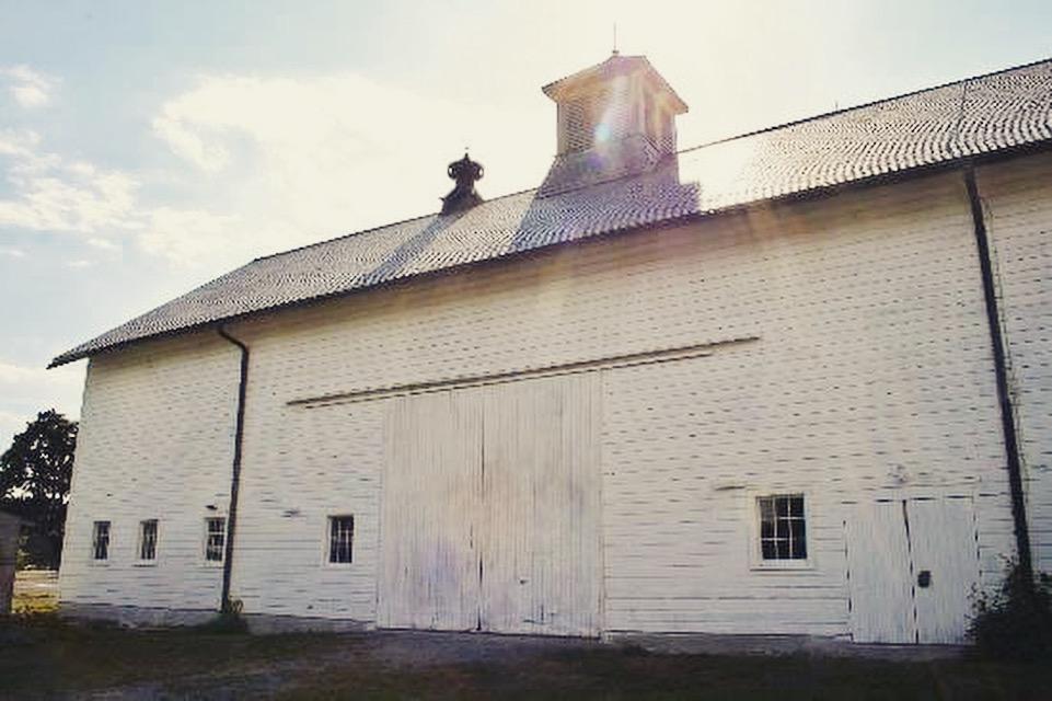 shaker barn wedding venue