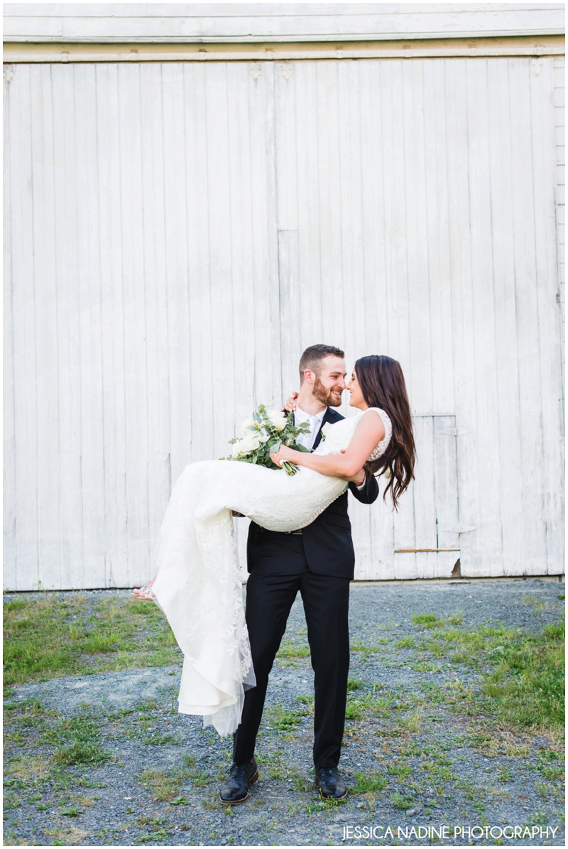 shaker barn wedding photo