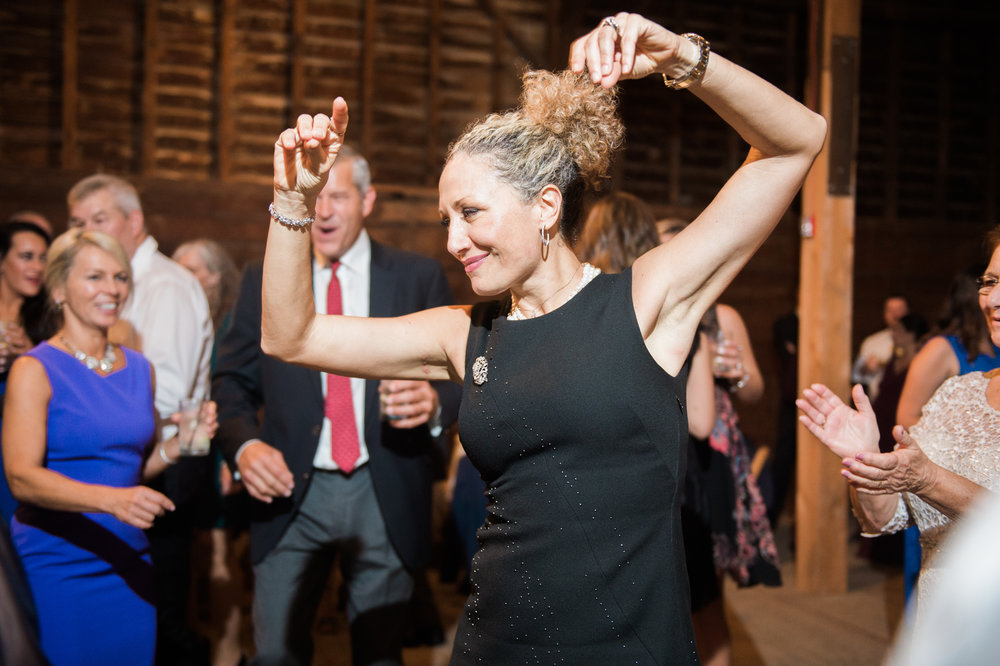 shaker_barn_wedding_new_york_020.JPG