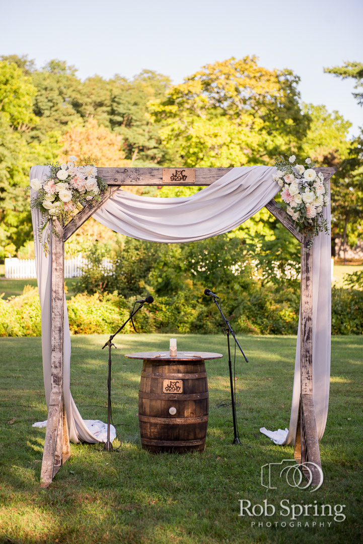 shaker_heritage_barn_wedding_004.JPG