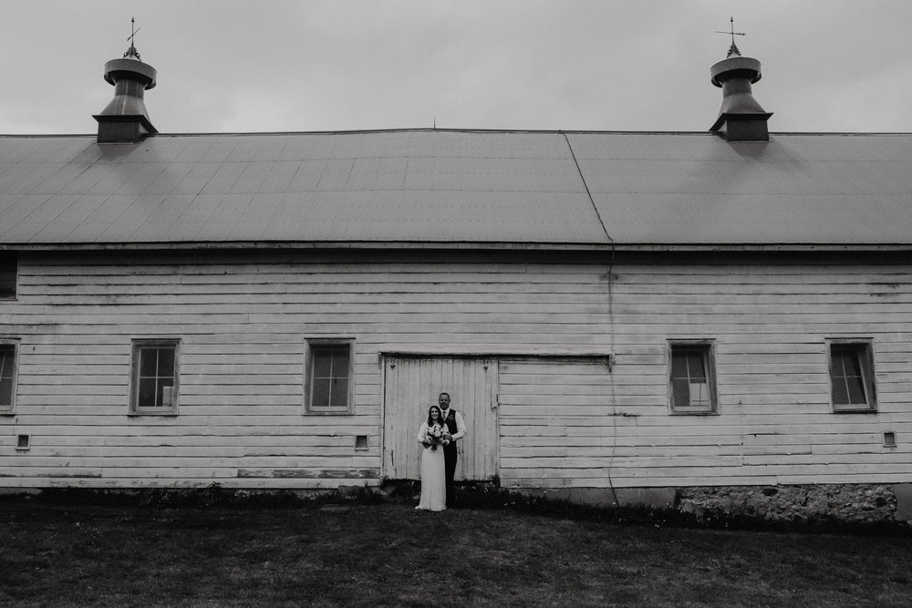 shaker_heritage_barn_wedding_009.JPG
