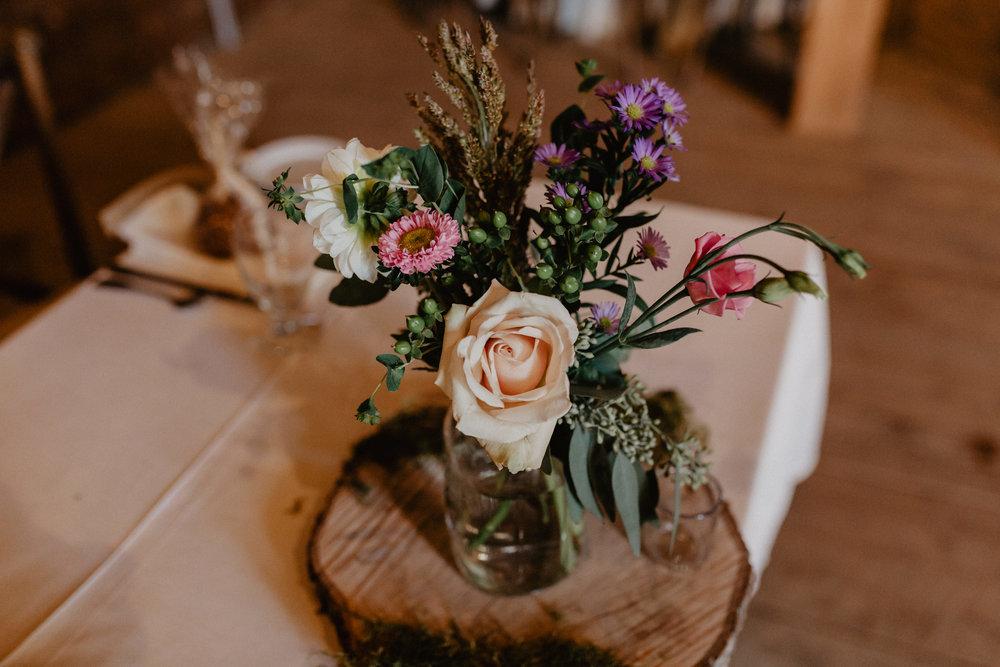 shaker_heritage_barn_wedding_017.jpg