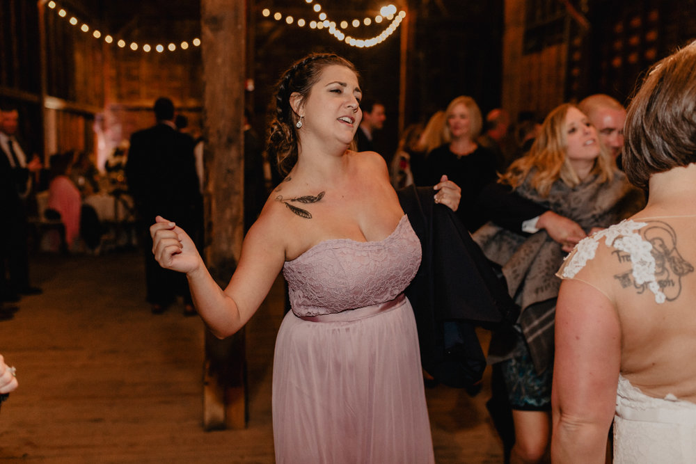 shaker_heritage_barn_wedding_053.jpg