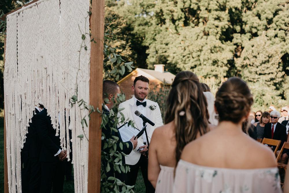 shaker_heritage_barn_wedding_019.jpg